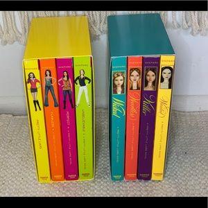 ENTIRE 8 book boxed set of Pretty Little Liars